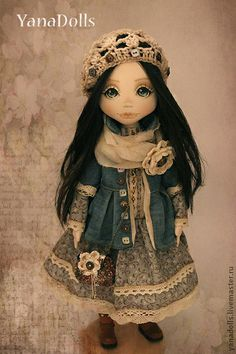 Lo♥e this doll Little Girl Toys, Toys For Girls, Little Girls, Pretty Dolls, Beautiful Dolls, Kokeshi Dolls, Summer Hats, Fabric Dolls, Doll Face