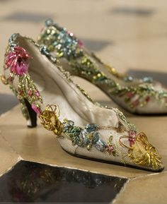 Roger Vivier for Christian Dior. Very fairytale, vintage looking and perfect for when I become that old eccentric lady ... oh wait!  I'm her already. :)
