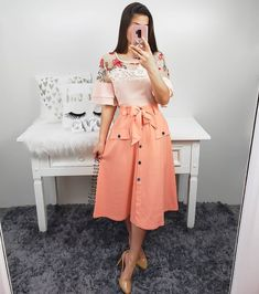 Modest Dresses, Modest Outfits, Skirt Outfits, Modest Fashion, Casual Dresses, Casual Outfits, Fashion Dresses, Cute Outfits, The Dress