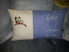 Dieses Kissenkommt als Geschenk von uns Arbeitskollegen an den jüngsten Nachwuchs Luke...