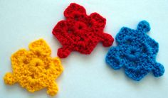 Puzzle Pieces by theselovinghands ~ free pattern~ Free ravelry download, pieces do not fit together. How cute!