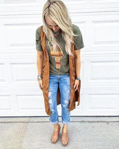 "124 Likes, 1 Comments - Savannah Sevens Western Chic™ (@savannah7s) on Instagram: ""The Saguaro + The @mrsjjarv #lovinthislook #shegetsitrighteverytime #bestcustomers {AND this…"""