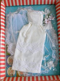 Here Comes The Bride #1665 (1966-1967)  Transition dress just before the Mod era started
