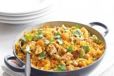 Kuskus s kuřetem Couscous Recipes, Pasta Recipes, Couscous Meals, Chicken Gyros, Fried Rice, Bellisima, Macaroni And Cheese, Food And Drink, Lunch