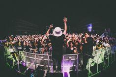 🌞 Get this free picture concert show music     🏁 https://avopix.com/photo/20551-concert-show-music    #performance #concert #show #music #people #avopix #free #photos #public #domain
