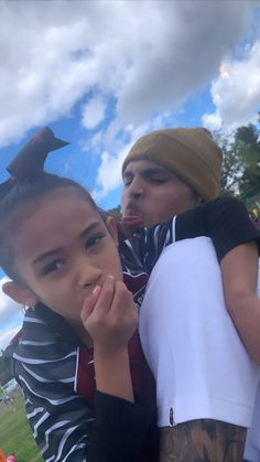 Chris Brown Videos, Chris Brown Pictures, Chris Brown Photoshoot, Chris Brown Wallpaper, Chris Brown And Royalty, Chirs Brown, Breezy Chris Brown, Cute Black Boys, Couple Aesthetic