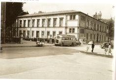 Conservatorio de música y posteriormente Instituto Ramiro de Maeztu. Actualmente sede del Parlamento Vasco. VITORIA INSOLITA, fotos antiguas de Vitoria-Gasteiz: 06/04/12