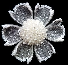 Seed Bead Flowers, Beaded Flowers, Fabric Flowers, Beaded Jewelry Designs, Seed Bead Jewelry, Seed Bead Tutorials, Beautiful Flower Drawings, Bead Sewing, Beaded Brooch