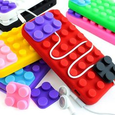 Form meets function with a LEGO phone case that keeps track of your wires!