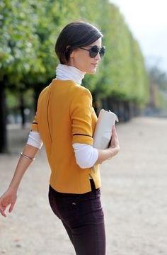Chic mustard + white with burgundy trousers and ivory clutch. Fantastic layering.
