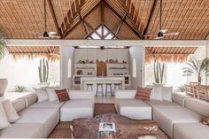 Villa Massilia – The New Luxury Tropical Interior, Luxury Interior, Tropical Decor, Tropical Architecture, Interior Architecture, Bali Style Home, Salas Lounge, Balinese Interior, Bali Decor