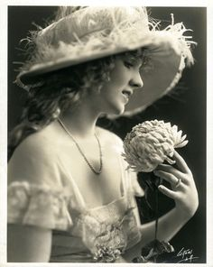 Mary Miles Minter #PhotographySerendipity #photography #vintage