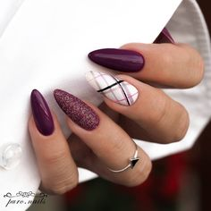 39 Trendy Fall Nails Art Designs Ideas To Look Autumnal & Charming - autumn nail art ideas fall nail art short nail art designs autumn nail colors dark nail designs coffin nails Dark Nail Designs, Fall Nail Art Designs, Nail Polish Designs, Acrylic Nail Designs, Acrylic Nails, Awesome Nail Designs, Autumn Nails, Winter Nails, Nails Design Autumn