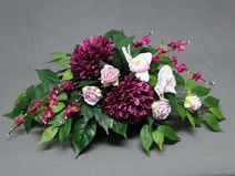 hand made made in Polen made with love autor Artisticdecoration Cemetery Flowers, Real Flowers, Funeral, Flower Arrangements, Floral Wreath, December, Wreaths, Spring, Artist