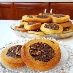 Ροξάκια !!!! ~ ΜΑΓΕΙΡΙΚΗ ΚΑΙ ΣΥΝΤΑΓΕΣ 2 How To Make Cake, Biscotti, Doughnut, Waffles, French Toast, Muffin, Food And Drink, Sweets, Cookies