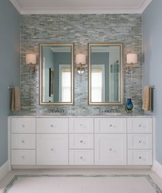 Custom Glass Mirrors, Showers, & More | Glasshouse Products