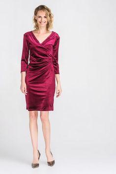 #Платье #деми с драпировкой ягодного цвета
