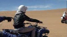 #Quadbiken door de #Sossusvallei tijdens een #Namibië #rondreis van #Riksja Travel