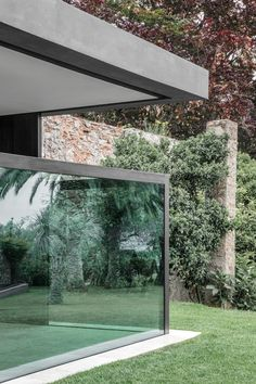 Holiday House in Italy with Vertical Sliding Windows by bergmeisterwolf architekten   Yellowtrace - Yellowtrace