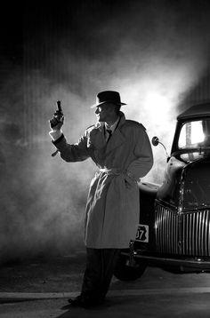 Tribute to Film Noir in Showcase of Film Noir Photography-possible ideas? Cthulhu, Mafia, Gangsters, Film Noir Fotografie, Tribute, Style Noir, Private Eye, Pulp Art, The Villain
