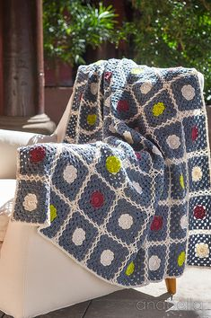 Nordic inspiration crochet blanket pattern   Anabelia Craft Design #anabelia #crochet #blanket #pattern