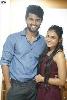 Arjun Reddy Romantic Couple Images, Love Couple Images, Couples Images, Actor Picture, Actor Photo, Movie Couples, Cute Couples, Mahesh Babu Wallpapers, Telugu Hero
