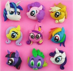 1 x My Little Pony Silicone Mold Mold Size: 9.8 cm x 9.6 (W X L) Material: Silicone Temperature: -40° ~ +230° ★ Easy to clean ★ Food Safe, FDA Approved ★ Can be used in the refrigerator, oven, dishwas