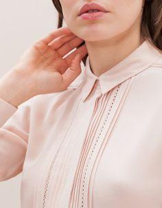 Romantyczna koszula