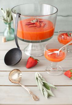 Papaya-Lime Soup with Strawberries -
