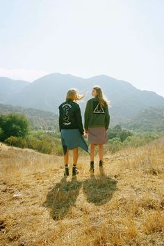 ☾ The Cool Hour Young Wild Free, Wild And Free, Good Vibe, Chanel, To Infinity And Beyond, Twin Peaks, Soft Grunge, Grunge Fashion, Women's Fashion