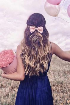 It is high time to think about prom hairstyles as the big dance will soon be upon us. Whether you are looking for prom long or medium length hairstyles, the options are limitless. There are a ton of fun, elegant, and trendy hairstyles for the upcoming pro Prom Hairstyles For Long Hair, Wedge Hairstyles, Homecoming Hairstyles, Fringe Hairstyles, Feathered Hairstyles, Hairstyles With Bangs, Trendy Hairstyles, Straight Hairstyles, Dance Hairstyles
