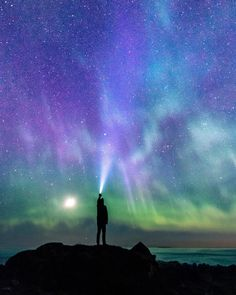 Just a night of waving my flashlight at the sky and beeing beyond exited about the green and purple lights🕺🏻📷 This spring realy had its's moments under the night sky , with som days of realy strong Northern lights, even as far south as Sunnmøre. Any of you get out to watch the stars or aurora borealis the last cupple of months?.  Photography Basics, Photography Tips For Beginners, Photography Photos, Travel Photography, Cool Pictures, Cool Photos, Posing Tips, Take Better Photos, How To Pose