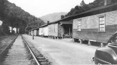 Cabin Creek, W.Va.#2 The housing provided for the general mine workers by the coal company.   wem