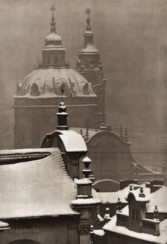 Karel Plicka shot fine monochrome photographs of Prague from the and documented a dark and mysterious Prague, a gothic and baroque Praha which. Prague Czech, Famous Photographers, Old Paintings, Photomontage, Eastern Europe, Old Pictures, Black And White Photography, Time Travel, Old World