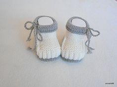 Strick- & Häkelschuhe - Babyschuhe natuweiss - ein Designerstück von Annalie66 bei DaWanda