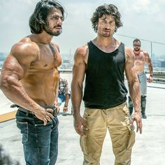 Vidyut Jammwal nd Takur anoop 🔥 ! TamilGlitz is part of Actors male hottest - Actors Male, Tv Actors, Actors & Actresses, Actor Picture, Actor Photo, Corps Fort, Indian Martial Arts, India Actor, Prabhas Pics