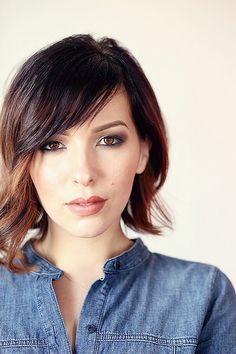 Love this asymmetrical bob. Especially with the ombre! Perfect for Spring