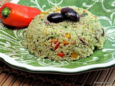 Pesto Quinoa via @wendypolisi