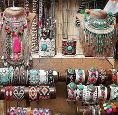 Hippie Chic, Bohemian Chic Fashion, Bohemian Jewelry, Look Boho, Boho Style, Hippie Style Clothing, Boho Aesthetic, Bohemian Girls, Fancy Jewellery