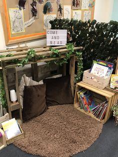 Book Corner Classroom, Preschool Classroom Layout, Preschool Rooms, Reggio Classroom, Toddler Classroom, Classroom Organisation, New Classroom, Classroom Setting, Classroom Design