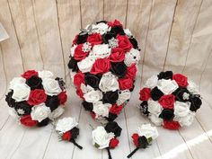 Teardrop gothic black and red bouquet Gothic Wedding, Red Wedding, Wedding Ideas, Button Holes Wedding, Bridesmaid Gifts, Bridesmaids, Handmade Items, Handmade Gifts, Bride Bouquets