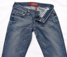 """Guess Daredevil Flare Jeans. Medium Wash. Rise: 7.5"""". Women's Size 28. 5-Pocket Style.   eBay!"""
