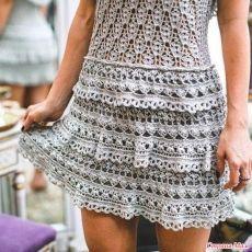 ergahandmade: Crochet dress by Vanessa Montoro + Diagrams Vanessa Montoro, Crochet Skirts, Crochet Clothes, Crochet Lace, Vestidos Fashion, Crochet For Boys, Crochet Woman, Diy Dress, Crochet Fashion