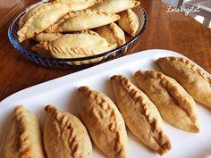 Empanadas, Swiss Chard Recipes, Green Kale, Collard Greens, Chicken Salad Recipes, Finger Foods, Apple Pie, Sandwiches, Food And Drink