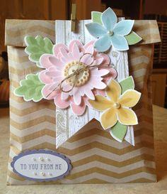 Lovely!  Set of notecards enclosed!  Flower Patch stamp set, Flower Fair framelits, Banner Framelit, Hardwood Stamp.  Stampin Up!  by Catherine Loves Stamps: Flower Patch Note Card Set
