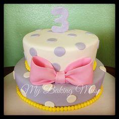 Daisy Duck themed birthday cake Girl Birthday Themes, Themed Birthday Cakes, Minnie Birthday, 1st Birthday Parties, Birthday Celebration, 3rd Birthday, Birthday Ideas, Daisy Duck Cake, Daisy Duck Party