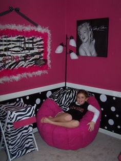 Little Girl Room I know Tala likes this room but I'm also thinking of my niece Lori.