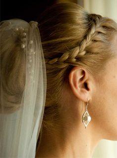 fryzury ślubne warkocze