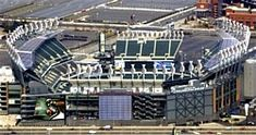 The NFL's Philadelphia Eagles and NRG, this spring announced a new sustainable energy partnership to make the Eagles' vision of clean power for their stadium, Lincoln Financial Field, a reality. Philadelphia Eagles Stadium, Philadelphia Sports, Lincoln Financial Field, Go Eagles, Hot Stories, Nfl S, Sustainable Energy, National Football League, Electrical Engineering