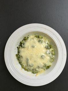 Spargel mit Schaf überbacken | Cheeseburger Chowder, Metabolism, Soup, Sheep, Asparagus, Soups
